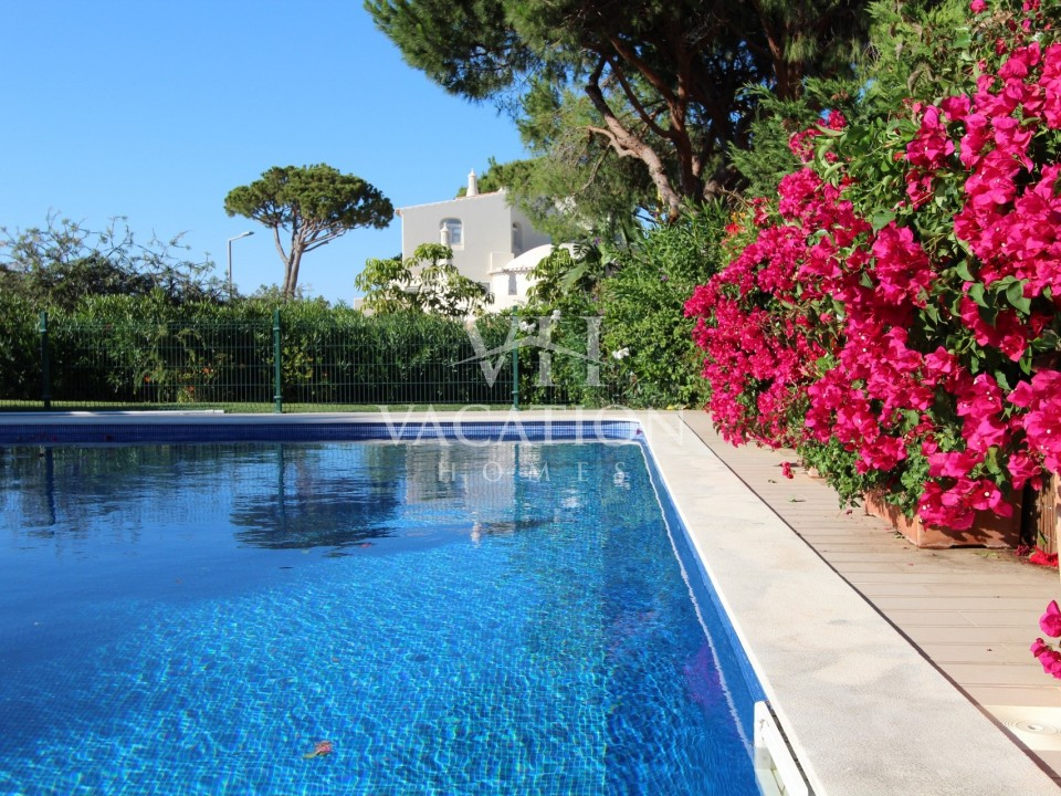 Newly refurbished 4 bedroom property with private pool.